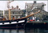 photo of the reconstructed famine ship Jeanie Johnston